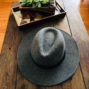 H&M grey hat